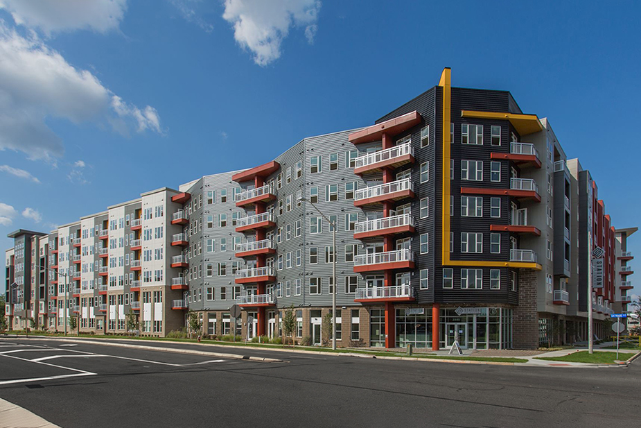 Woodfield Dulles Station Is A 400 Unit Apartment Project Located Near  Washington Dulles International Airport In Suburban Herndon, VA.